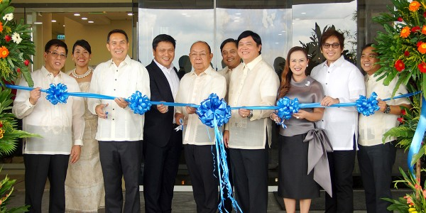 RIBBON CUTTING CEREMONIES_sm